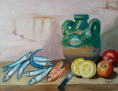 Alici, triglie, limoni e mele con anfora di vino